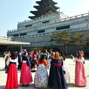mi grupo en Hanbok